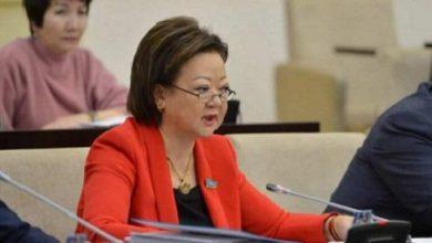 Photo of Сенатор: Қазақстандағы ұйғыр, өзбек мектептерін жабу керек