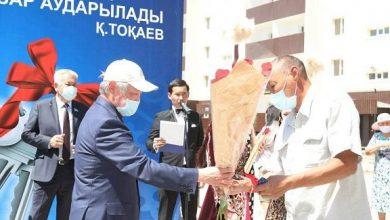 Photo of Таразда кезекте тұрған 90 отбасы пәтер алды